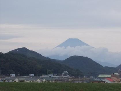 20111002 大仁原田辺りからの富士山.jpg